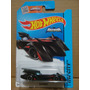 Hot Wheels Escala 1:64 - Batman Batmobile (63/250) Nuevo
