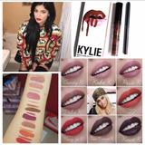 Labial  Kit Kylie Jenner Matte Mas Delineador Kylie Son Dos