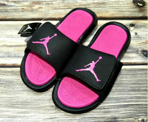 05406d3f76 Sandalias Nike Y Jordan Para Damas Y Caballeros