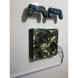 Soporte Base Consola Ps4 O Ps3 + 2 Sop. Control.  Pared