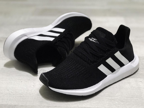 014c6dfc0b Tenis Zapatillas adidas Swift Runn Hombre Orig. 50 % Dcto.