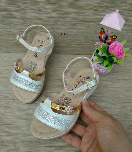 3d8f0982 Hermosas Sandalias Niña Calidad Colombiana