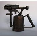 Sacapuntas Antiguo Metalico Forma Pistola Fumigadora