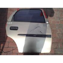Puerta Trasera Derecha Chevrolet Corsa 4p 1.4 Gl A/a