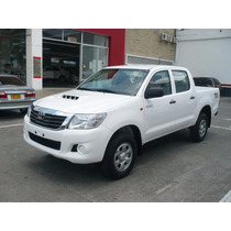 Toyota Hilux Doble Cabina 4x4 Diesel Motor 2500
