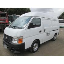 Nissan - Urvan 3000 Diesel Panel Techo Alto Trg532
