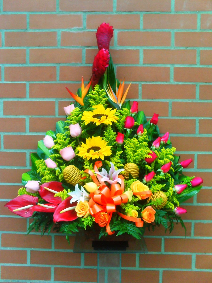 Pin diselo con arreglos florales rosas girasoles orquideas - Arreglo de flores naturales ...
