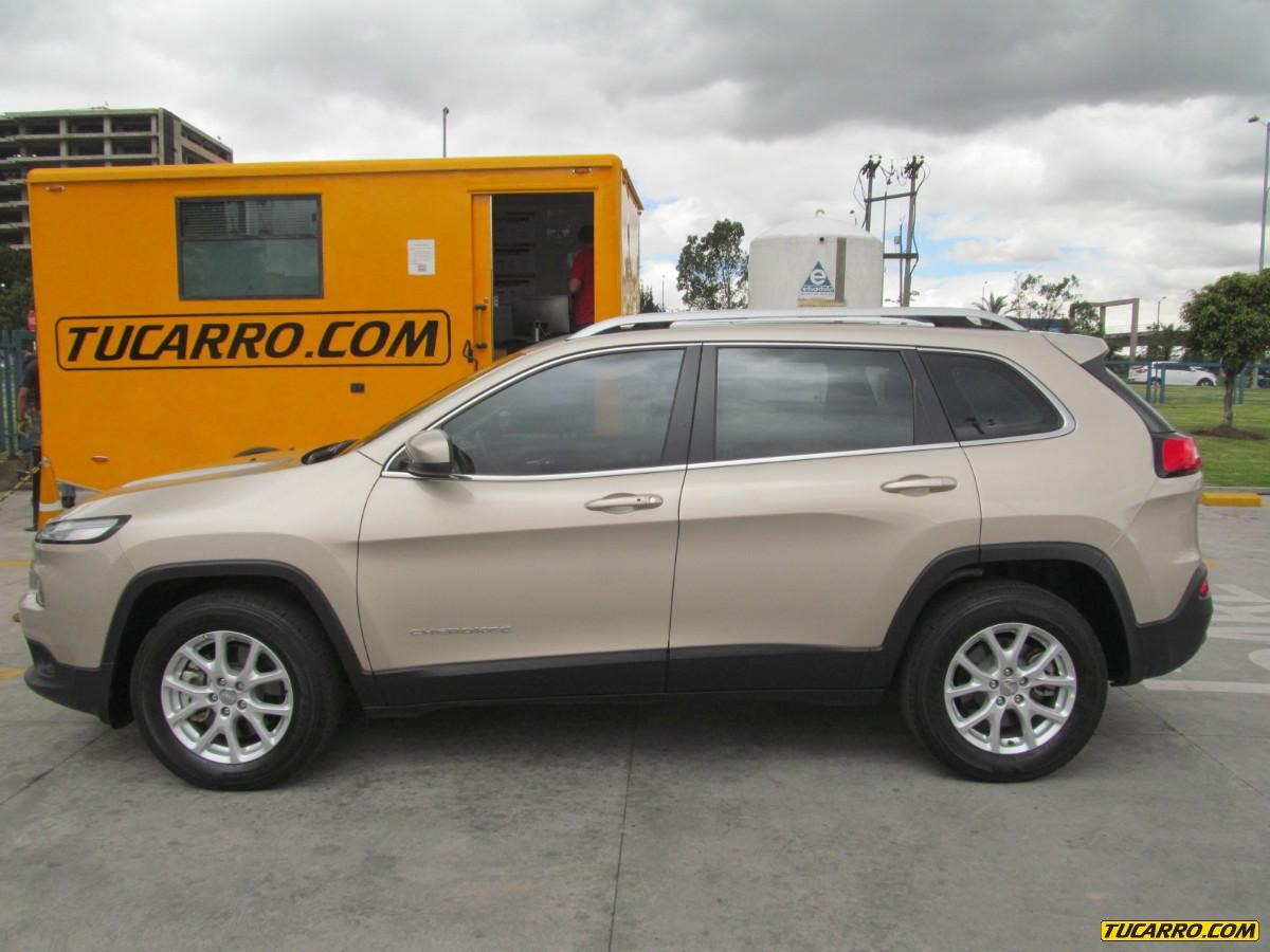 jeep cherokee longitude at 3200cc a o 2015 9000 km colombia. Black Bedroom Furniture Sets. Home Design Ideas
