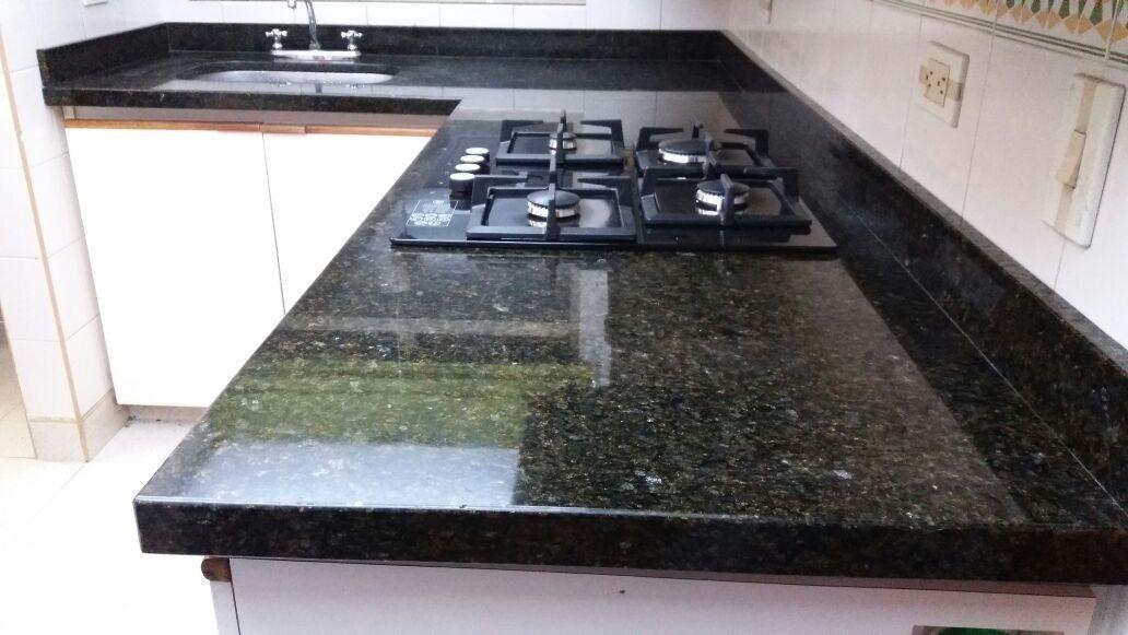 Mesones cocina y ba o en granito natural marmol for Laminas de marmol y granito