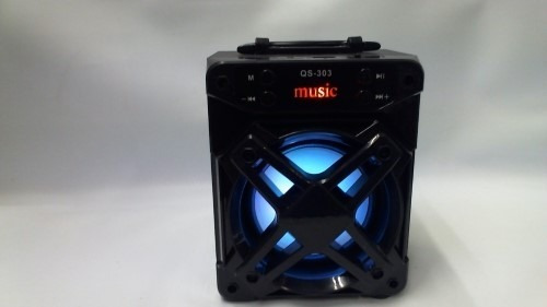 Parlante Mini Portátil Modelo: Qs-303 Bluetooth Color Negro